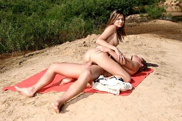 Amateur beach porn movie